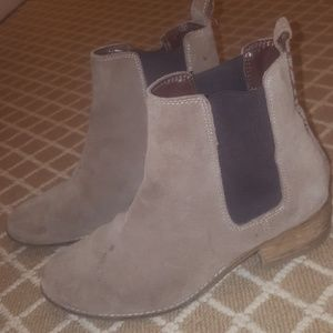 Gap Chelsea Ankle Boots Taupe Brown Size 8 Suede